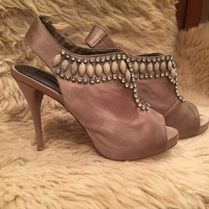 Shoes - Fancy heels